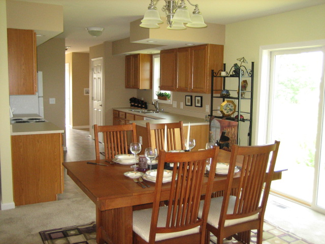 Custom Beech Ranch Dining to Kitchen
